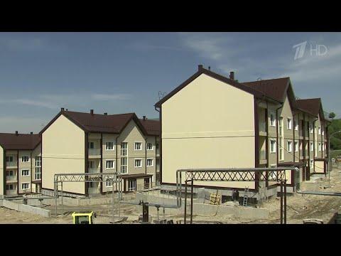 В Чеченской республике военные сразу двух гарнизонов переезжают из казарм и общежитий в новые дома.