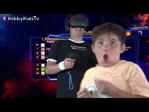 Space Cats with Laser Beams! Virtual Reality Gaming Family Fun HobbyKidsTV