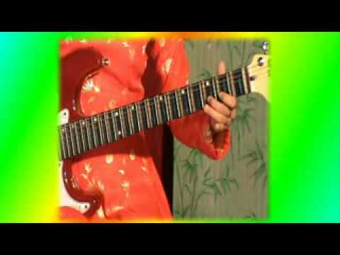 TUYẾT HOA độc tấu guitar; bài lý con sáo (18)
