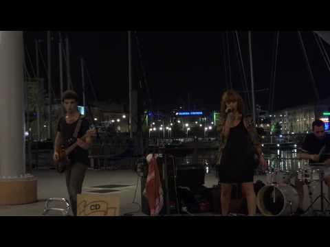 Musica dal vivo al porto antico di Genova
