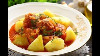 Przepis - Pulpety z indyka w sosie pomidorowym (przepisy kulinarne Przepisy.pl)