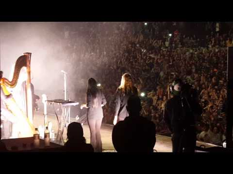 Florence and the Machine takes her shirt off.