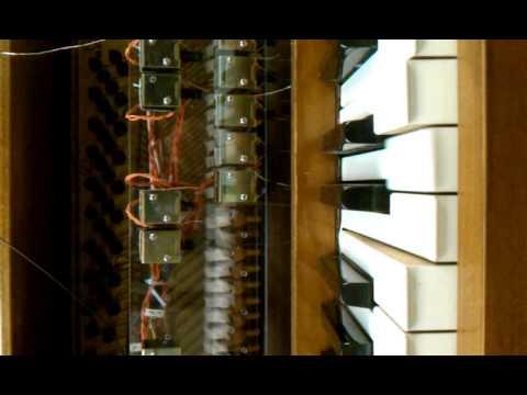 Digital Pianomophone key actuation