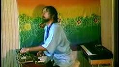 "Iasos - playing ""Splash Happy"" on 2 keyboards"