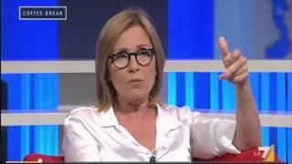 """Meli: """"Licenziamo i fannulloni dell'AMA Roma e sostituiamoli con extracomunitari"""