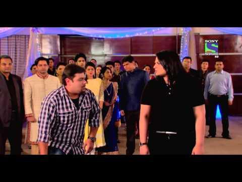 Ajay Devgan helps Team CID