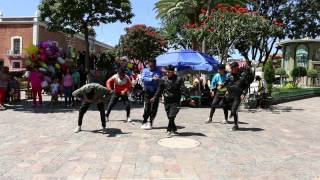 Family groove Mexico/Popping/Funky robots