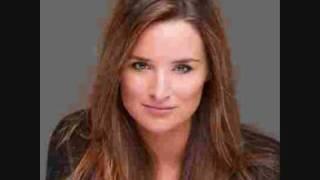 The Beautiful Woman - Lieke Van Lexmond