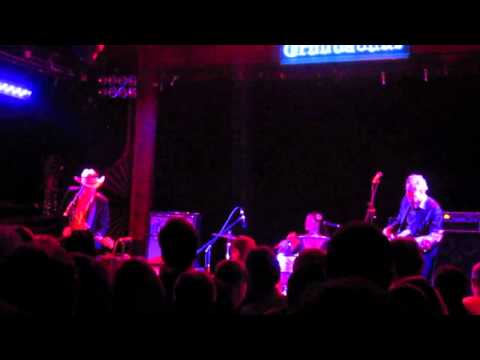 Dave Alvin at the Troubadour 8/18/11