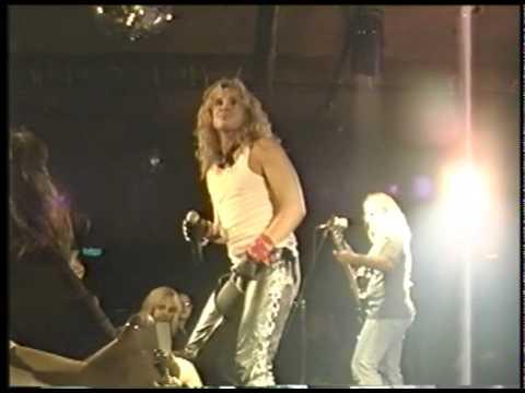 Atomic Punks  Runnin with the Devil   8  FM Station 1996