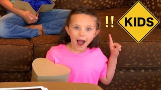 Family Unboxing Room! Learn English Words with Sign Post Kids! Crayons!
