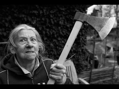 СМЕШНАЯ ИСТОРИЯ - Как бабушка избила ЧЁРТА.