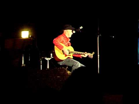 Taco Bell Song by Country Singer Bryan Lewis.AVI