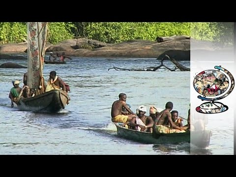 Suriname's Secluded Ex-Slave Community Under Threat (1998)