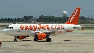 Barcelona Airport - Takeoff Airbus A319 Easyjet (G-EZAK)