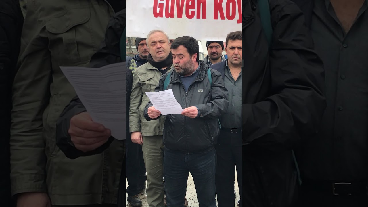 Basın açıklaması yapan gazeteci Sedat Balta'nın konuşması