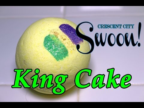 Crescent City Swoon - KING CAKE Bath Bomb - DEMO - Underwater - REVIEW - SLOW MOTION Lavish Bath Box