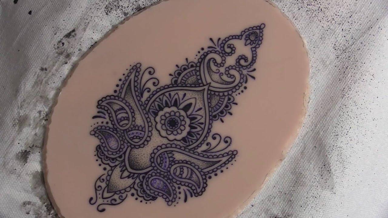 stencil anbringen tattoo kunsthaut bungshaut true artist skin practice skin youtube. Black Bedroom Furniture Sets. Home Design Ideas