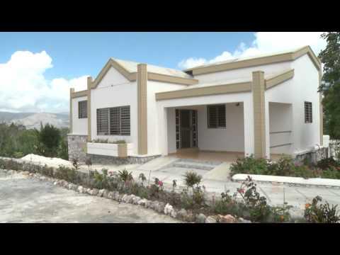Terrain a vendre funnydog tv for Acheter une maison en haiti