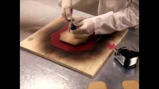 Фурнитура для сумок - производство Gucci Bamboo Handbag Factory(Ролик - Gucci Bamboo Handbag Factory Production В магазине представлен широкий ассортимент фурнитуры для сумок: пряжки, замки,..., 2014-05-13T16:14:07.000Z)
