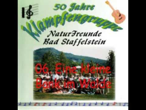 06 - Eine kleine Bank im Walde