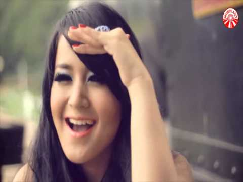 Juwita Bahar - Kereta Malam Official Music Video HD