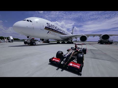 The F1® Race Car with the Singapore Airlines A380 | Singapore Airlines