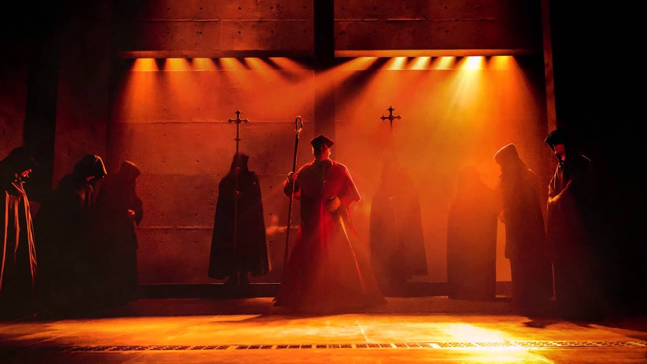 Download WOLF HALL PARTS 1 & 2 on Broadway