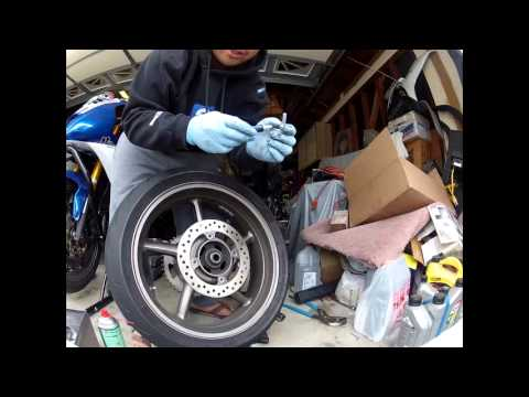 How To Diy Remove Rear Wheel Triumph Daytona 675 Youtube