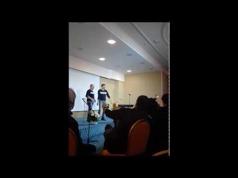 Organizzazione Serata Village Music Academy e Interventi Tra Comici e Giudici