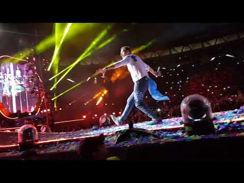 Coldplay A Head Full Of Dreams Tour Argentina 14.11.17 - Hymn For The Weekend ft. BEYONCÉ.