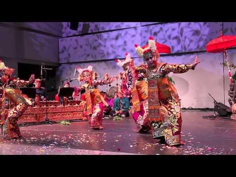 Legong Jobog Dance