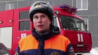 Пожарные показали, как мешают технике припаркованные автомобили