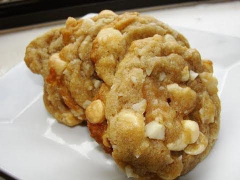 White Chocolate Macadamia Nut Cookies Aka Lisa's White Chocolate Supreme Cookies