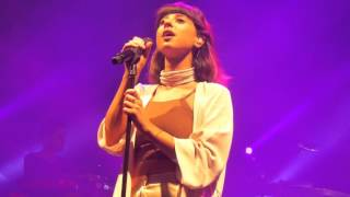 Foxes - Rise Up/ Body Talk (HD) - Roundhouse - 04.03.16