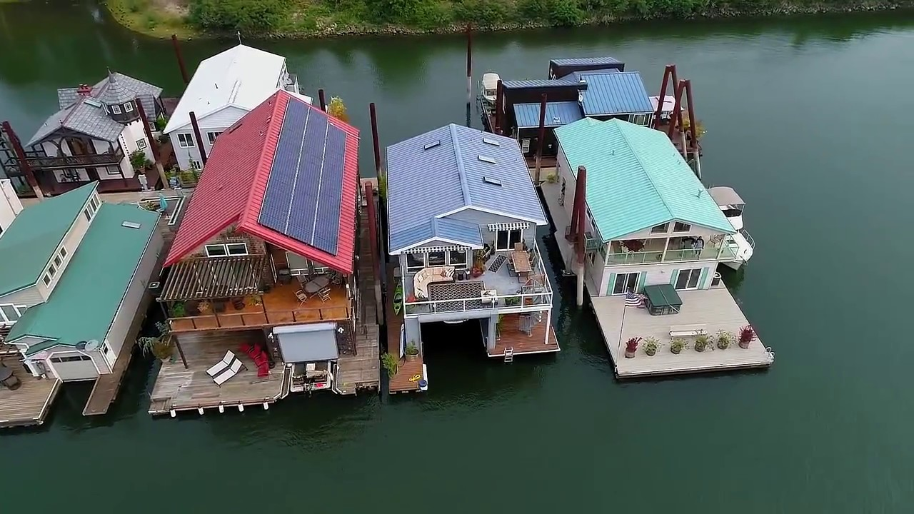 Contemporary Floating Home on the Columbia River ~ Video of 2630 N Hayden  Island #2