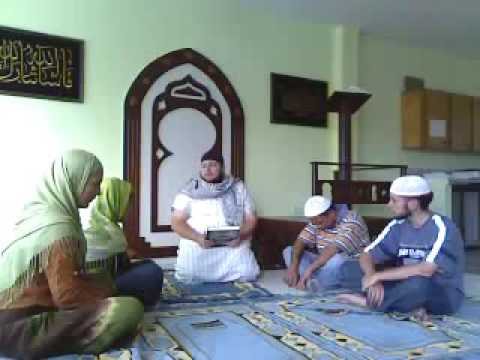 Colombian Woman Converts to Islam Colombia