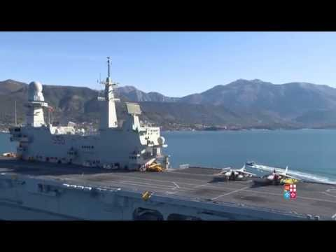 La portaerei cavour in montenegro l 39 elicottero riprende - Nave portaerei ...