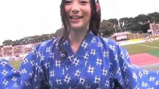 9月26日、2010Jリーグ特命PR部女子マネの足立梨花さんが正田醤油スタジ...