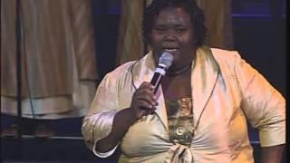 Hlengiwe Mhlaba Liyanganelisa, Yiyo lendlela, Mhlekazi.mp3