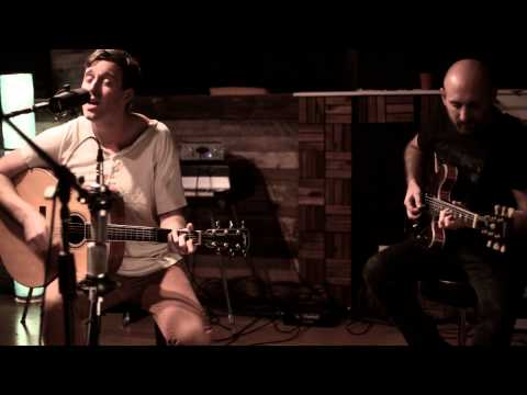 Studio 42 -TINTR sessions with Chris Lind performing