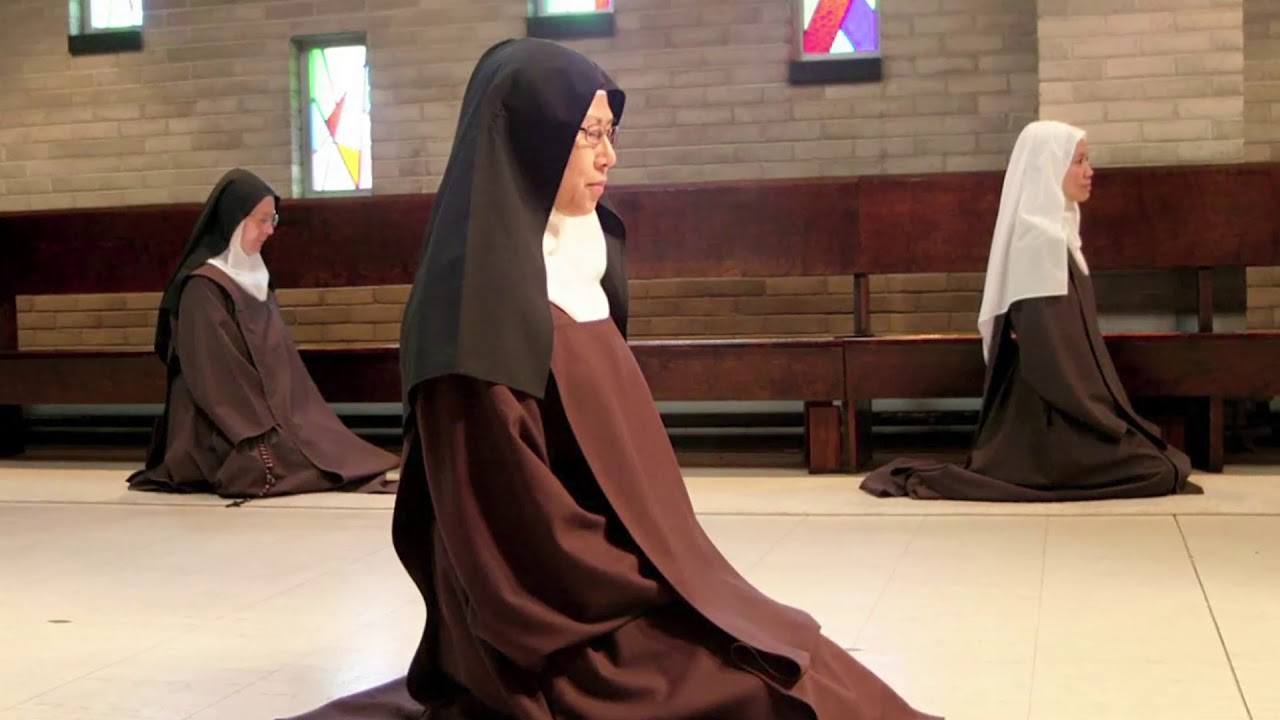 Discalced Carmelite Nuns: TRICENTENNIAL MOMENTS