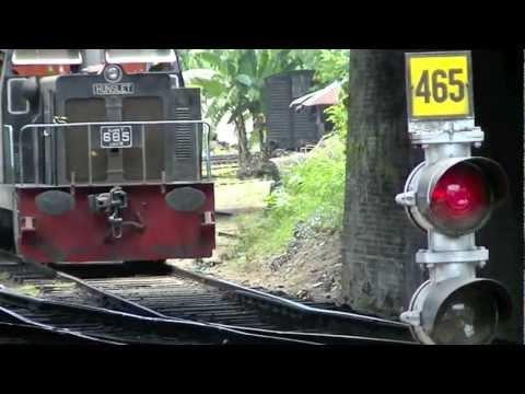 Hunslet Shunter on freight duties