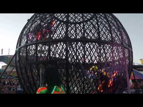 EDC LV 2017 - Globe of Death 2/4