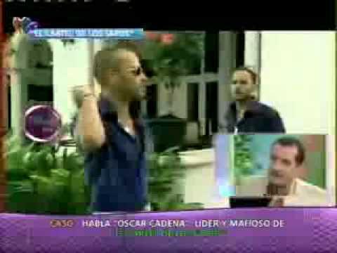 Fernando Solorzano del Cartel de los Sapos en el set de Magaly TeVe