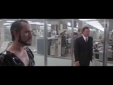 Superman 2 - Zod smashes Daily Planet