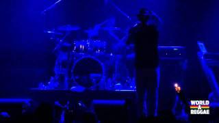 Gentleman & Evolution Band Live 2011 - Paradiso Amsterdam - Nothing ah Change