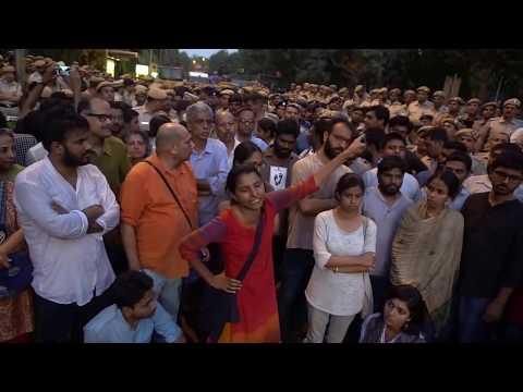 JNUSU President Geeta Kumari addressing at INA Bus Stop Historic Gathering