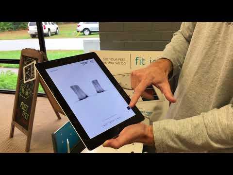 Fleet Feet - Shoe Fitting Process - YouTube