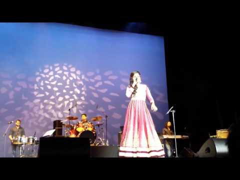 Shreya Ghoshal - Lag Ja Gale, A tribute to Lata Ma